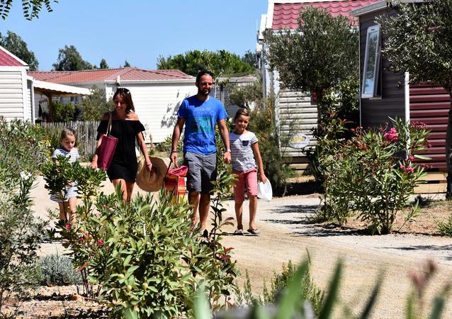 Le Mas des Lavandes vous proposons des locations de mobil-homes à Valras Plage