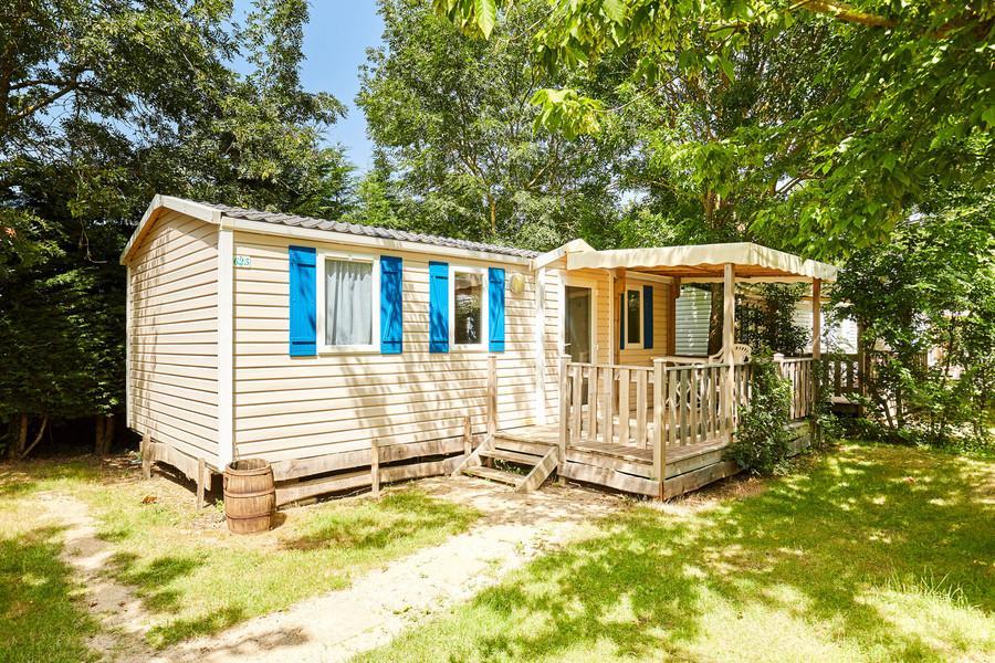 Réservez votre Mobil homes pour 2 à 8 personnes au camping La Grand' Métairie à Saint-hilaire-la-forêt