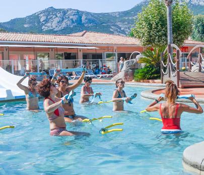 Quels sont les meilleurs campings avec piscine en Corse ?