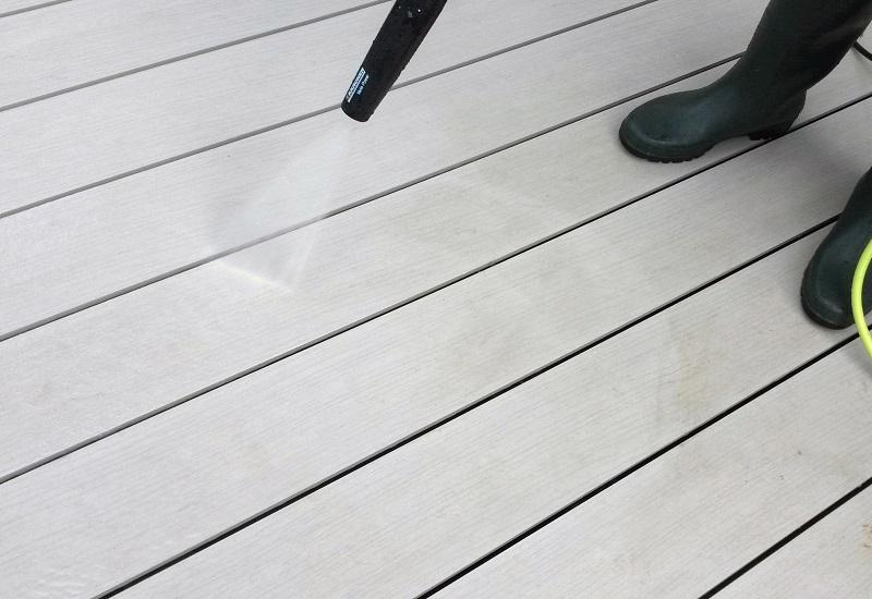 Comment entretenir son mobilier de jardin avec un nettoyeur haute pression ?